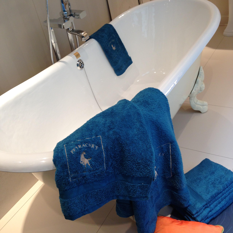 Broderie sur serviette de toilette
